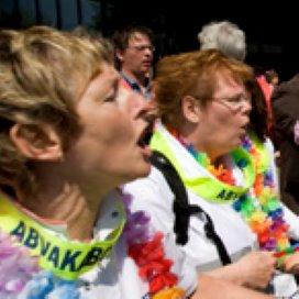 Werkgevers VVT: bonden blokkeren loonbod