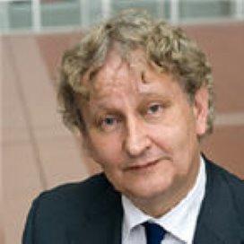 Minister stelt eisen aan gescheiden inburgering