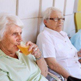 Lonen en prijzen doen kosten langdurige zorg stijgen