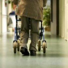 'Bange ouderen vallen sneller'