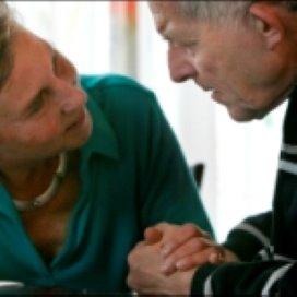 Mantelzorgers: dienstverlening zorgverzekeraars kan beter