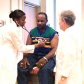 Zorg illegalen gebaat bij gedragscode artsen
