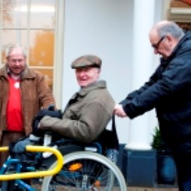 'Schrap bezuinigingen gehandicaptenzorg'