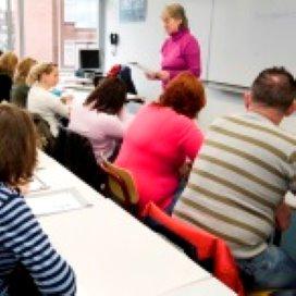 Gemeente Rotterdam pakt inburgerbureaus aan
