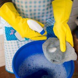 Het laagste uurloon voor een huishoudelijke hulp is tien euro.