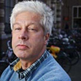 Onderzoeker Frank Buijs: 'Jongerenwerkers kunnen radicale jongeren bij de lurven pakken'