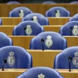 Tweede Kamer botst met Rutte over pgb-bezuinigingen
