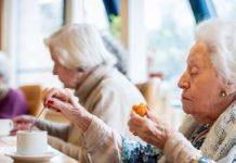 Veel verzorgingshuizen zijn inmiddels gesloten of het is er door leegstand niet meer prettig wonen.