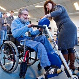 Overdracht ouderenzorg en ziekenhuizen moet beter