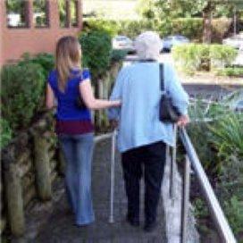 IGZ: Verpleeghuiszorg langzaam op de goede weg