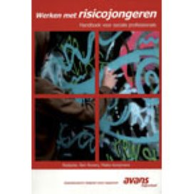 Werken met risicojongeren; Handboek voor sociale professionals