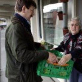 'Laat minima zorg- en vrijwilligerswerk doen'