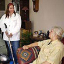 Werklozen krijgen opleiding in thuiszorg