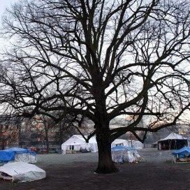 Tentenkamp asielzoekers Den Haag moet weg