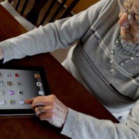 'Ouderen langer zelfstandig dankzij tablet'