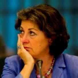 Staatssecretaris: 'Geen maximumbedrag voor kledingwas in zorginstelling'