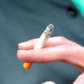 'Hulpverlener mag ggz-patiënt sigaret afraden'