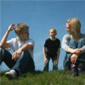 Alleenstaande ouders vragen vaker professionals om hulp