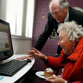 'Zelfredzaamheid in problemen door internet'