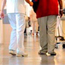 Veel verbaal en fysiek geweld tegen verpleegkundigen