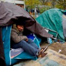 Teeven: Amsterdamse opvang niet zo verstandig
