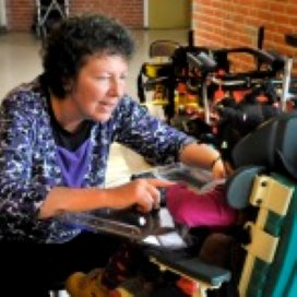 Tineke Gort helpt meervoudig gehandicapte kinderen: 'Het is telkens weer een puzzel'