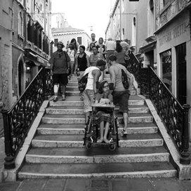 4808 traptreden met een rolstoel