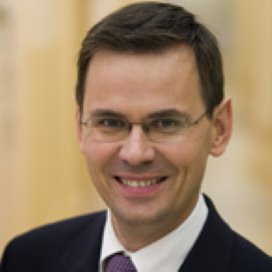 Minister Rouvoet houdt vast aan provinciale jeugdzorg
