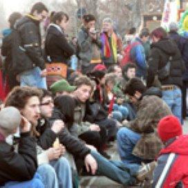 Samenscholingsverbod hangjongeren is 'symptoombestrijding'