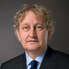 Van der Laan wil overleg over bijdrage corporaties