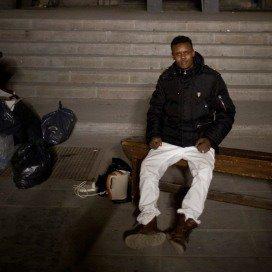 Uitgeprocedeerde asielzoeker Jamac (15) uit Somalie in de leegstaande gekraakte St. Josephkerk.