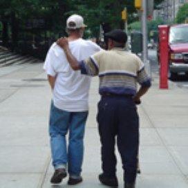 SCP: 'Vrijwilligers en sociale professionals vinden elkaar niet'