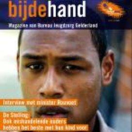 Magazine Bijdehand voor Bureau Jeugdzorg Gelderland