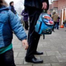 Staatssecretaris Dijksma: Rugzakgeld naar schoolbestuur