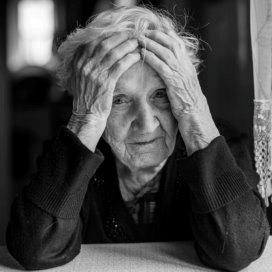 1-ouderenzorg-Fotolia.jpg