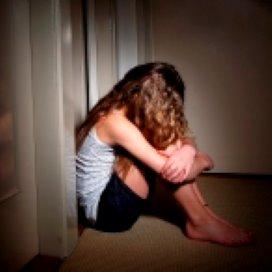 'Hulpverlener moet misbruik sneller zien'