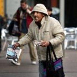 Bulgaren en Roemenen mogen geen straatkrant verkopen