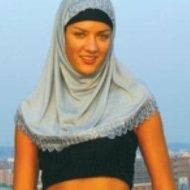 Moslimjongeren kiezen vaker zelf levensstijl