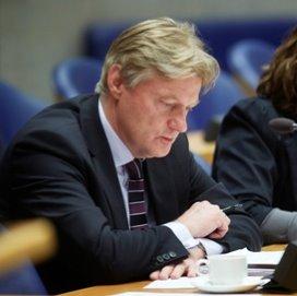 VNG: Van Rijn wil mantelzorg niet verplichten