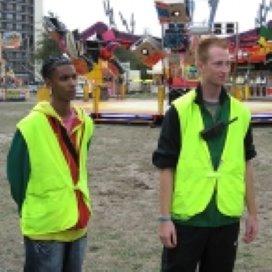 Kermisexploitant en garagehouder helpen kanslozen