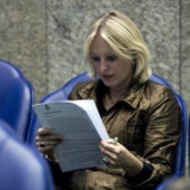 Bussemaker: 'Maanden wennen aan verdwijnen AWBZ-begeleiding'