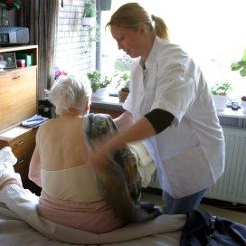 Zorgen over bezuinigingen op wijkverpleegkundigen