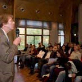 Welzijnsdebat 2007: 'Probleemjongeren vergen harde én zachte aanpak'