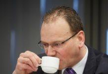 Heerts: bezuinigingspakket voor ons van tafel