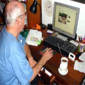 Internetgids lanceert online vriendennetwerk voor senioren