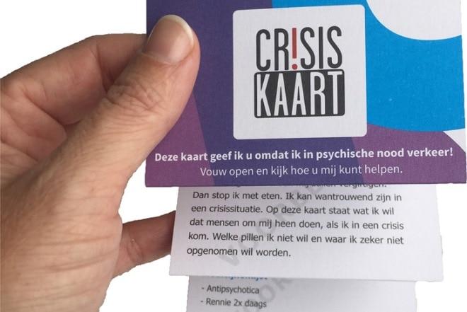 met een kaartje de crisis voorkomen