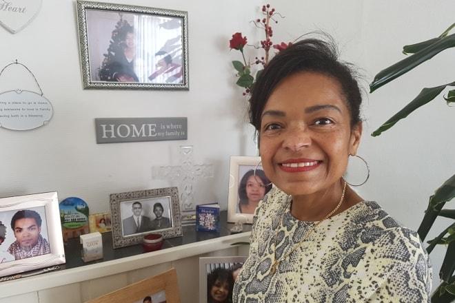 Henna Smelhoven (58) is een van de eerste deelnemers aan het 'Huishoudboekje'