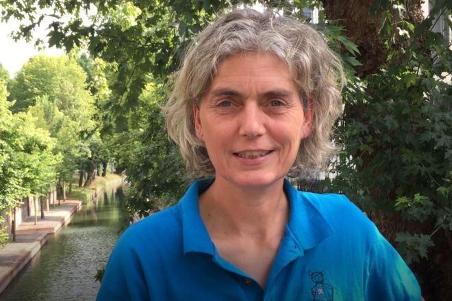 Anya Wiersma werkt al 13 jaar als schuldhulpverlener in de regio Utrecht.