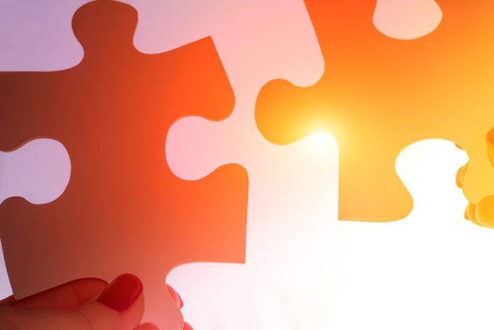 twee puzzelstukjes