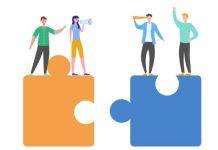 Als er één beroepsgroep is die de kloof tussen systeem- leefwereld kan overbruggen, is het wel die van de ervaringswerkers.